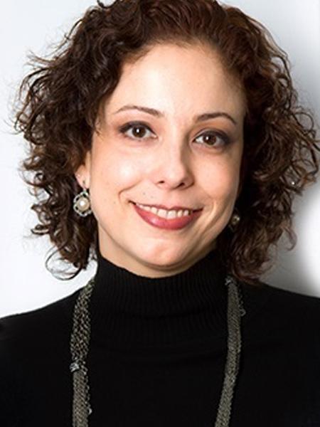 Cintia Leitão